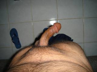 i dream to be on my knees in front of that !!! i will suck that big head for hours until it cum
