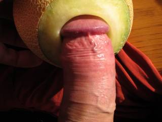Introducing my big dick into a juicy melon hole ... aaah. Any girls or milf takers?