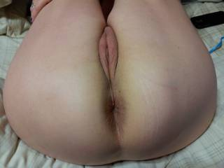 Dam I want to pound your pussy and ass and cum all over you hit your face after I pull out I can cum 5-6 feet hun