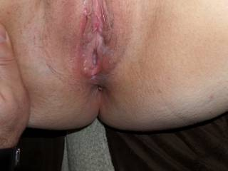 A look at a fucked creampied pussy