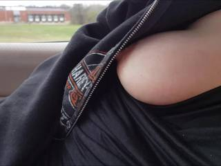 wife's tits bouncing in the car as we drive down the road
