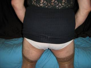 I love white cotton knickers on both men & women, do you?...Now care to slip your hand down mine???