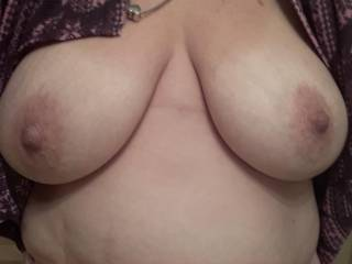 Nice big floppy tits ready to bounce