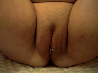 very nice plump pussy, would love for you to sit on my face so i could taste you and fuck you with my tongue.
