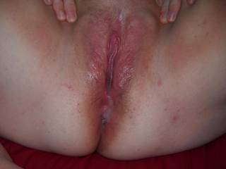 My pussy be so swollen after my friend fuck me with his big cock and cum deep inside me