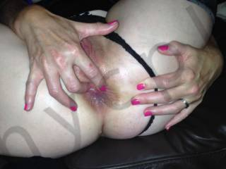 would love to pound deep your ass hole while you rub your clitoris.....