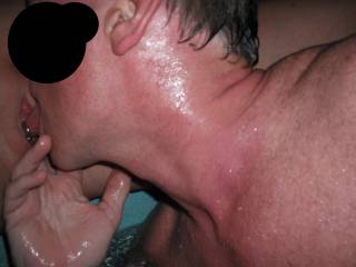 Eating out Mr Oz\'s pussy in the spa at home. I love her smooth shaven pierced pussy.