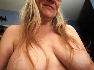 Lots to love! Fuck my tits. I am dreaming about you covering them with your love. Mmm...