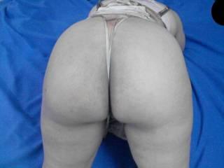 who wanna lick...spank...?
