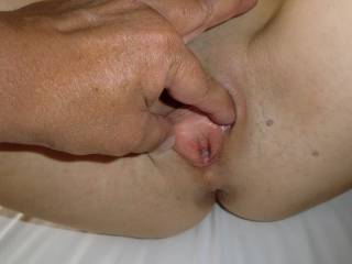 I love to spread her lips and to see how her pussy looks like inside