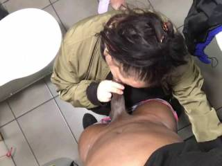 Ain't nothing like a warm wet mouth around your cock & finishing off all over a woman's face.....
