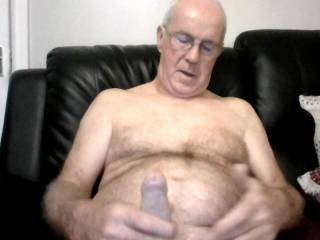 just having good Wank no woman here .  wish there was.