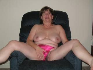 would love to help the hubby make that pussy pur!