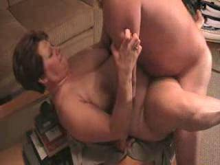pt 2 of wife getting fucked on table and getting a good cumshot