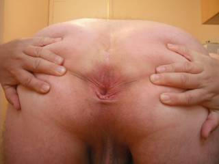 This pic of my anus is dedicated to my friend ZOIG member msfanny who likes to see me spread my cheeks so she can see all the details of my bumhole.  Hope those details ate clear enough for you, babe, xxxx