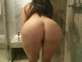 Juicy booty!!! Washing out the cum.