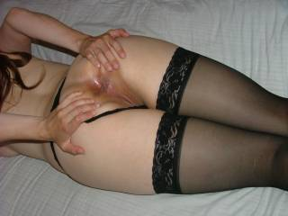 mm..love to spread my asshole...