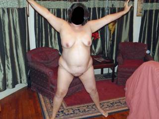 I love mature BBW's! Mature women know what they are doing, and how to make a man squirm with pleasure. And BBW's have so much more to love!