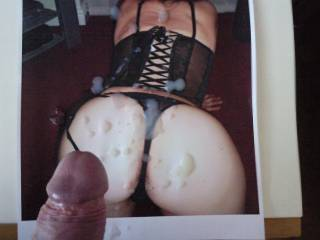 how bout cumming on one of my pics and giving me a big load just like that