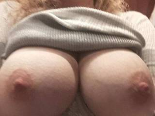 Kiki sent me this pic from the restroom when I took her out to dinner. Fucking great tits!!!