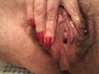 That looks so lickable and ready for my cock to slide into , i love a hairy cunt