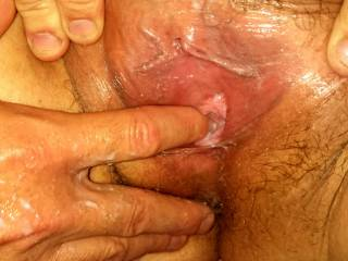 How wonderful it looks to have stop fingers in the wet lovely pussy