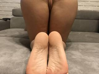 in my postion and ready to feel all your hard dicks ;)am i good wifey??