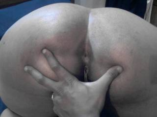wow she sure has a small butthole for a bbw  no wonder she doesnt like it up her ass....youshould train her though
