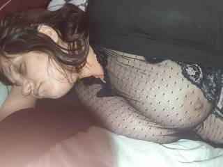 I bury my cock between our Tis , cum and lick it off with my fuck buddy