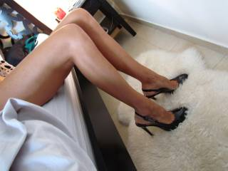 Doesn\'t she look gorgeous with her favourite high heels on? Very fuckable don;t you think?