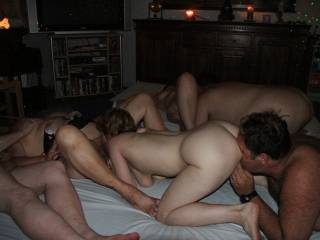 group sex, eating pussy