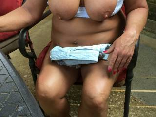 outdoor tits