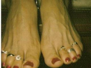 wow, best feet I have seen in a long time.  I would love to have you rub and jerk my cock off with those feet, cum all over them and then I would lick them clean.  I would love to suck on those toes and lick those beautiful feet.