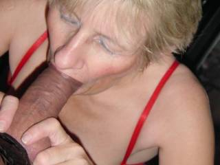 Lucky man to have such a great mouth around his cock.