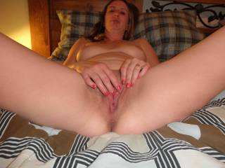 i need a big load dripping out of my spread pussy