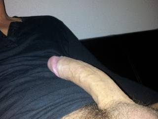 she play with the cam with my cock !