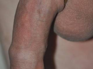 I'd like to suck your nice smooth uncut cock.