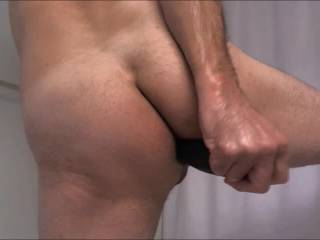 nice video, I wish i can replace the cucumber with my cock to fuck you deep and slow and fill you with a big load of cum!
