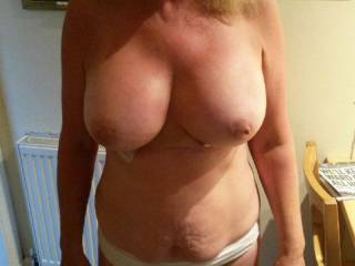 Fuck buddy showin off her plump tits.....