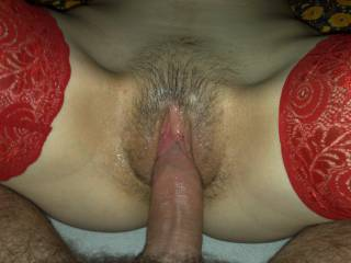 how nice to slide in oil hairy pussy ??