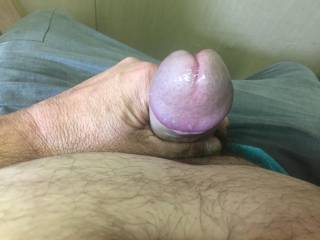 I am looking for an older guy to tie me up and have his way with me.  Willing to send specific photo requests. i am available during weekdays - own business. can come to you