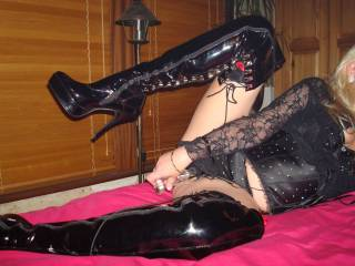 Looking very sexy babe, love the boots xx