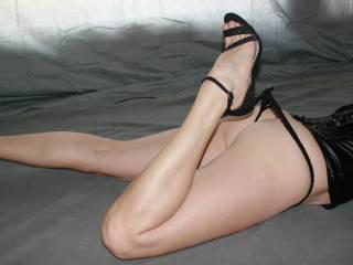 """Oh how I love the """"Heels in Panties"""" look."""