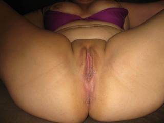 BEAUTIFUL ASS,AWESOME CUNT and ASSHOLE,WOULD B A PLEASURE EATING and FUCKING HER HONEY HOLES!!