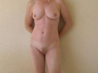 Lovely figure, real beauty, you have made my cock really hard! Perhaps we shall meet in France!! lol