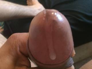 Just finished jerking to ur guys sexy pix!, had a little jizz left to squeeze out can sumbody lick me clean!?