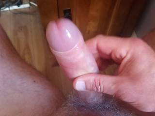 maumaum56 sent me this video of him having a wank to my video. Love the way he shows me his cock getting bigger and harder as he watches and then shows it off for me. Amazing to see him stiffen and groan as he gives me a magnificient huge cum load!