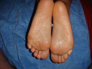 id love to be the next one to cum on her sweet soles