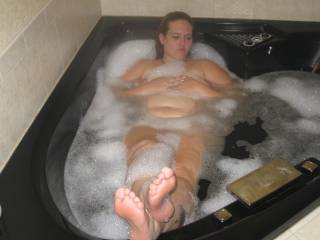 this was from my first honeymoon with my hubby, who else likes my feet?