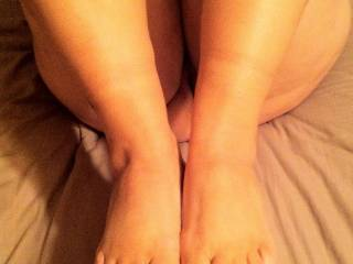 Just got my toes done and can't wait to give a foot job...Are you ready?